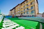 Отель «Леонидас»