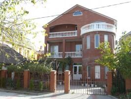 Гостевой дом по переулку Олимпийский 10